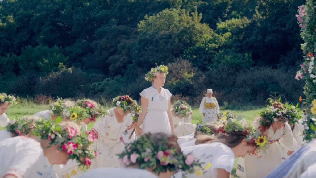 The brightness of Midsommar
