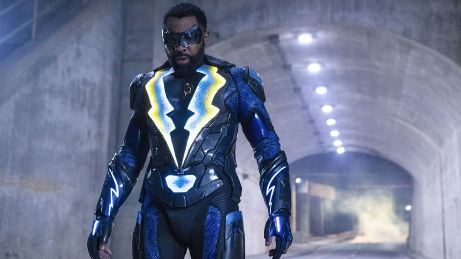 Black Lightning Will Join the Arrowverse Crossover