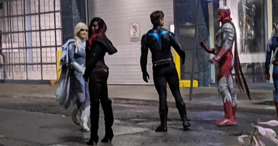 Titans Nightwing Costume Set Photos Promo