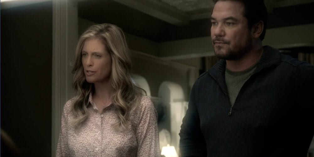 Helen Slater and Dean Cain in the CW's Arrowverse show Supergirl.