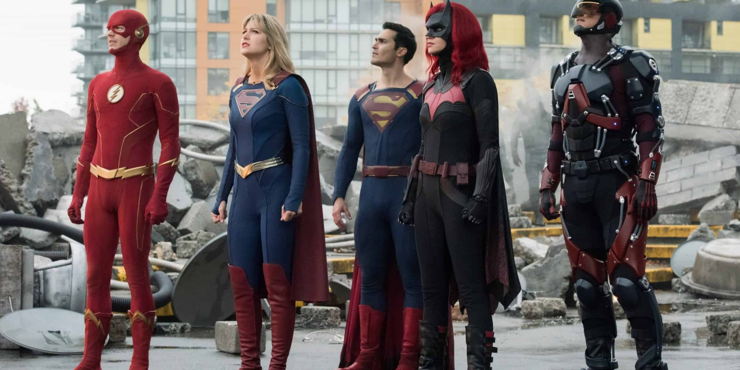 Crisis on infinite earths final trailer Group shot featured