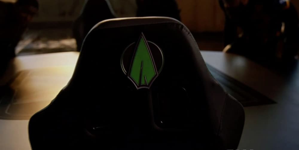 Crisis On Infinite Earths Finale Arrow Chair