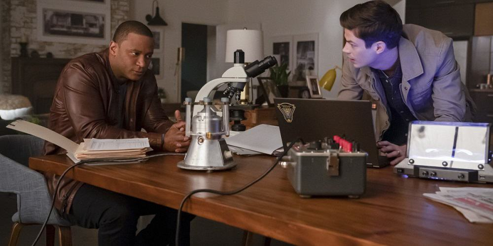 The Flash Post-Crisis Midseason Premiere Diggle and Barry