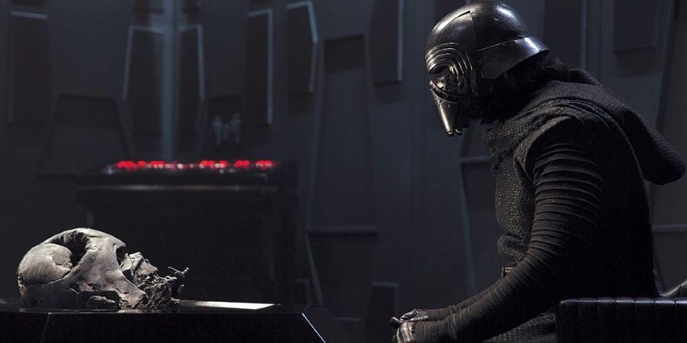 Star Wars, Darth Vader, Kylo Ren, Anakin Skywalker, Ben Solo, Force Awakens, Sequel Trilogy, Walt Disney Pictures, LucasFilm, George Lucas, Adam Driver